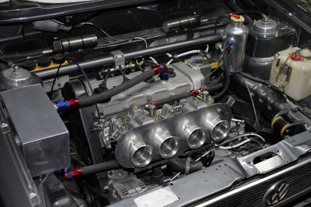 Golf engine bay